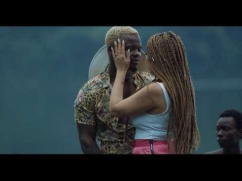 Sundar dikhti ho  official music video   mack the rapper   ramji gulati   nagma mirajkar